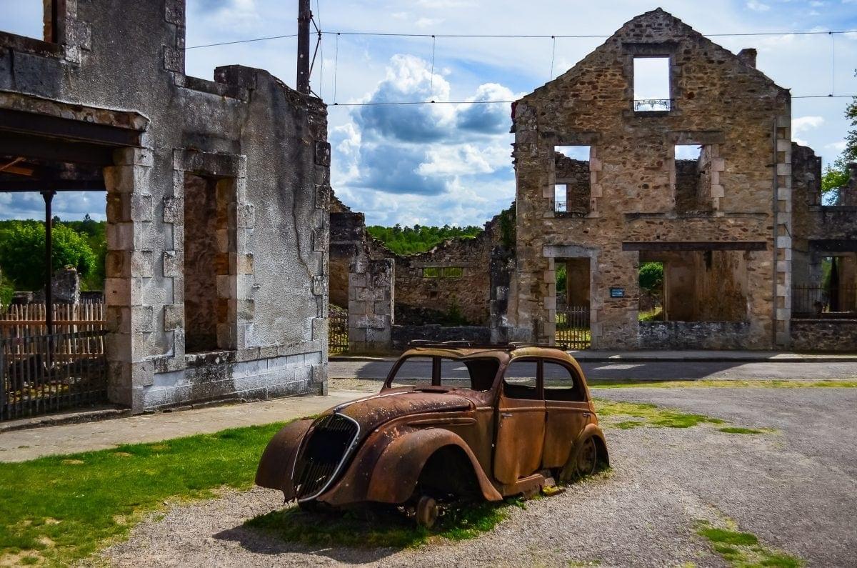 This car was driven into town by Doctor Jacques Desourteaux . Visit Oradour sur Glane