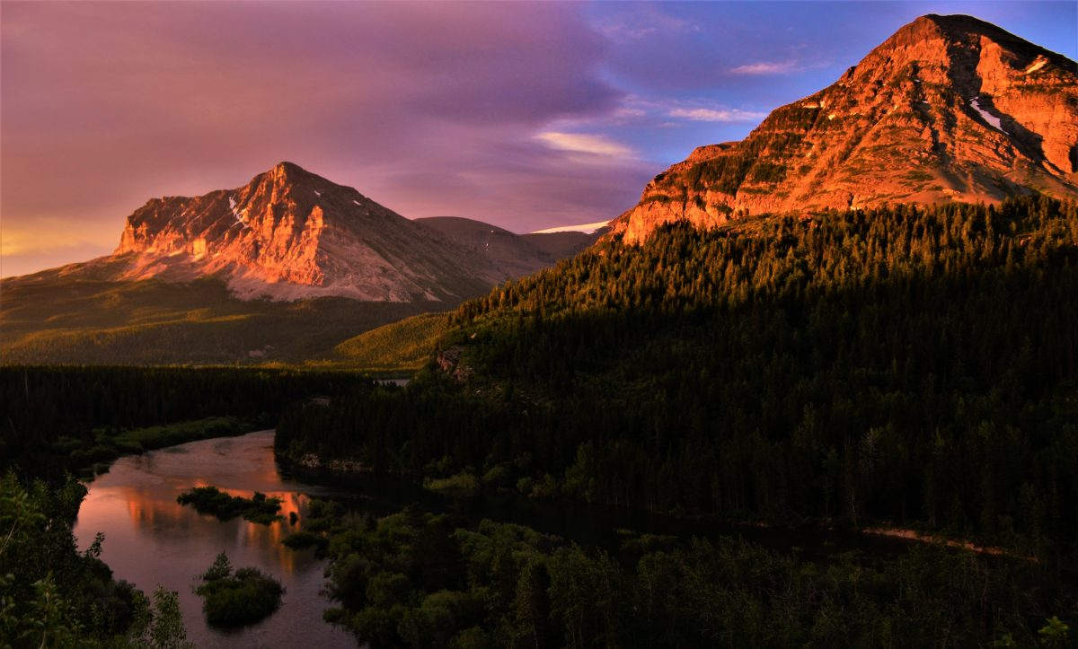 PhotoPOSTcard: Sunrise Reflection Over the Swiftcurrent River