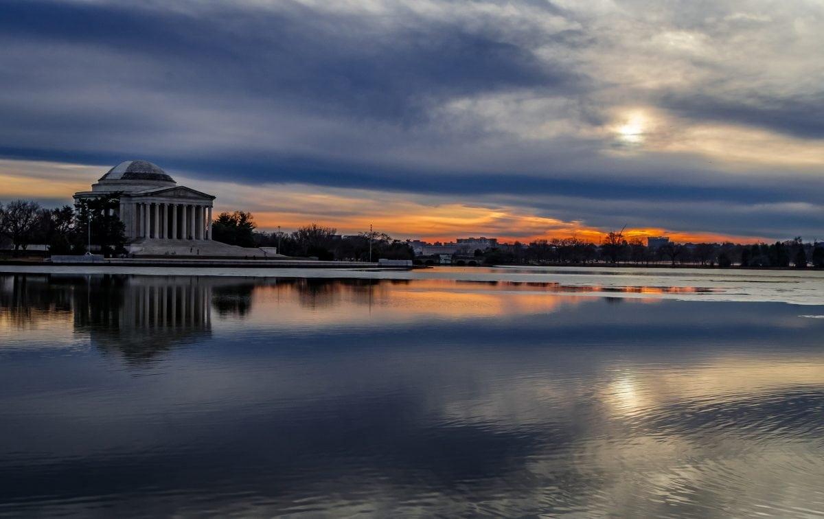 PhotoPOSTcard: Winter Sun Set Over the Jefferson Memorial