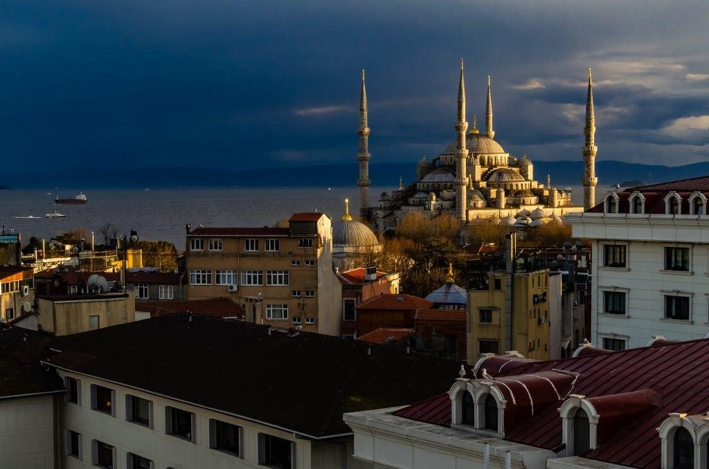 Istanbul's Blue Mosque #istanbul #bluemosque #sultanhamet
