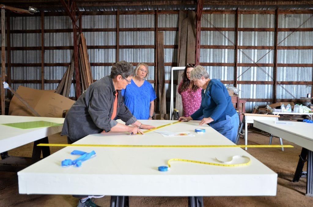 drafting a quilt barn trail block