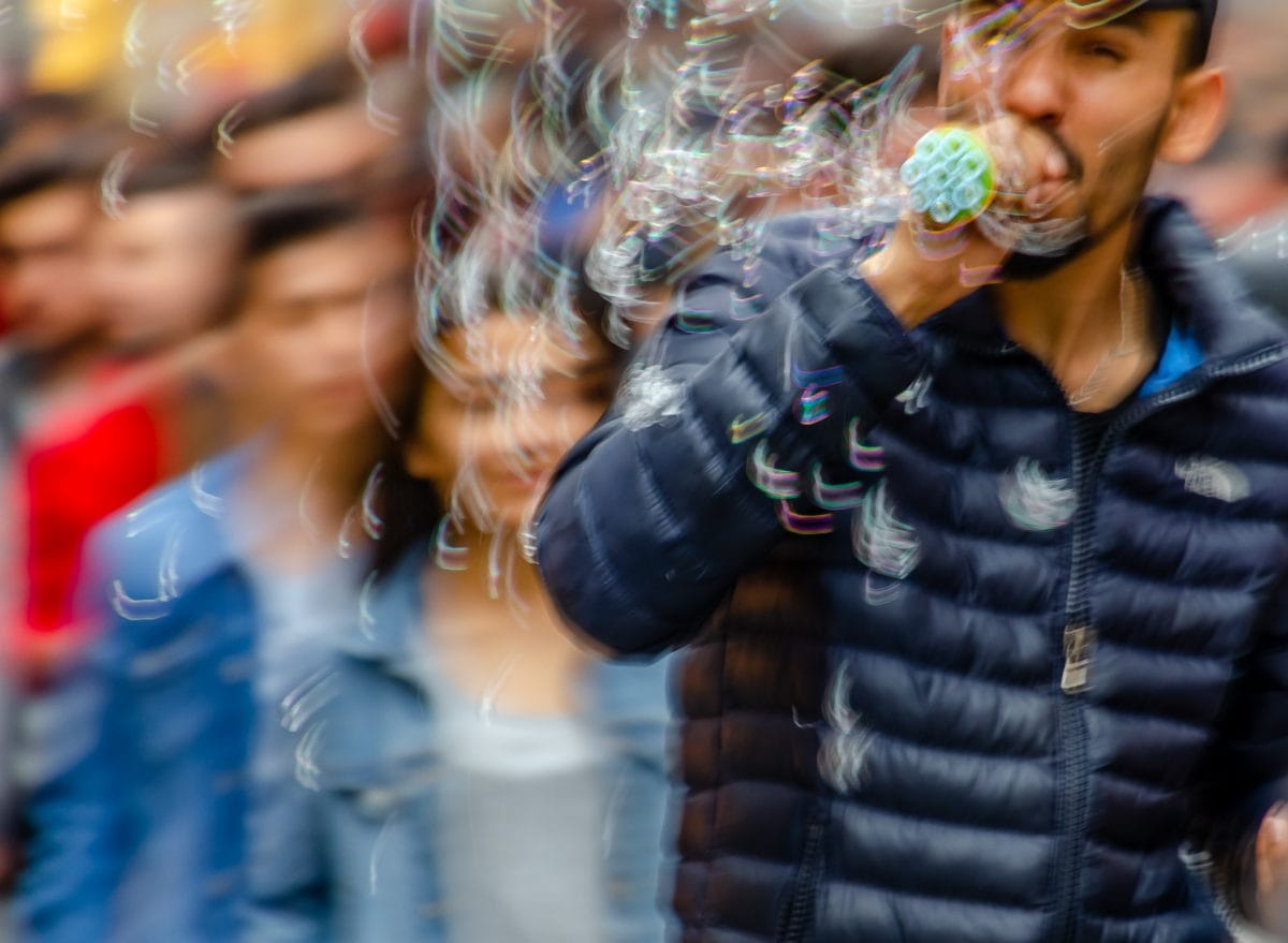 PhotoPOSTcard: The Bubble Man on Istiklal Avenue